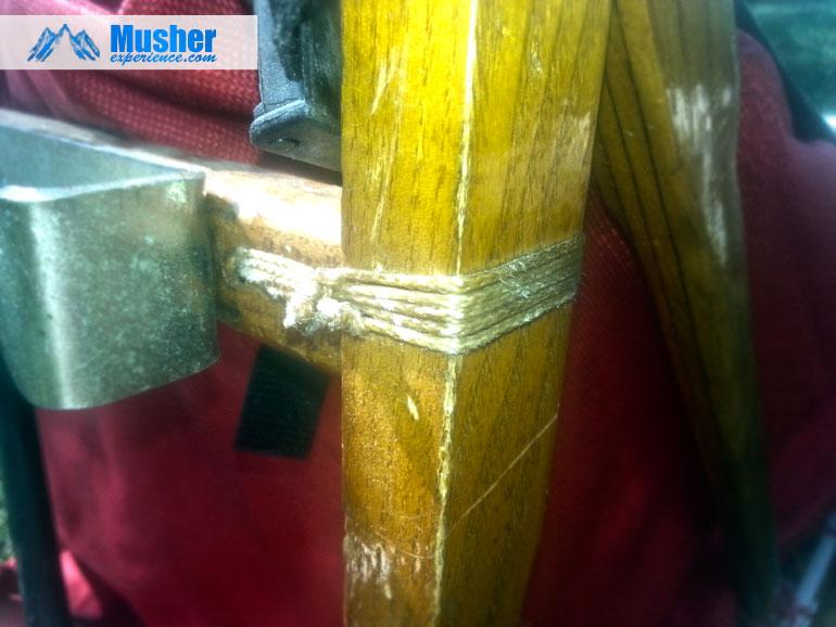 Autre ligature de traineau en bois