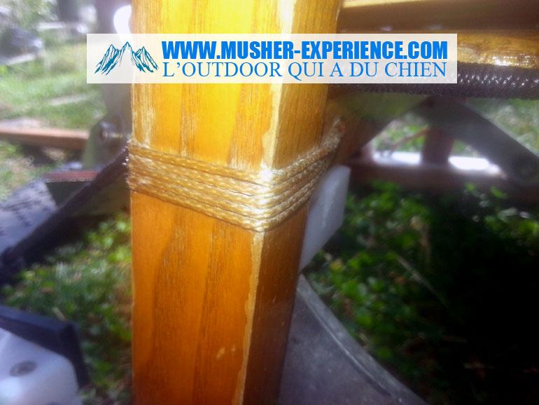 Ligature de traineau en bois