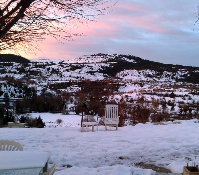 maison-neige-collines