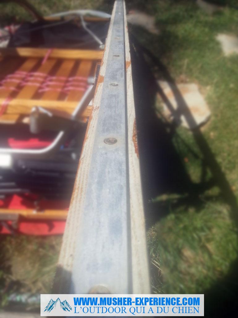 Rail de traineau en bois
