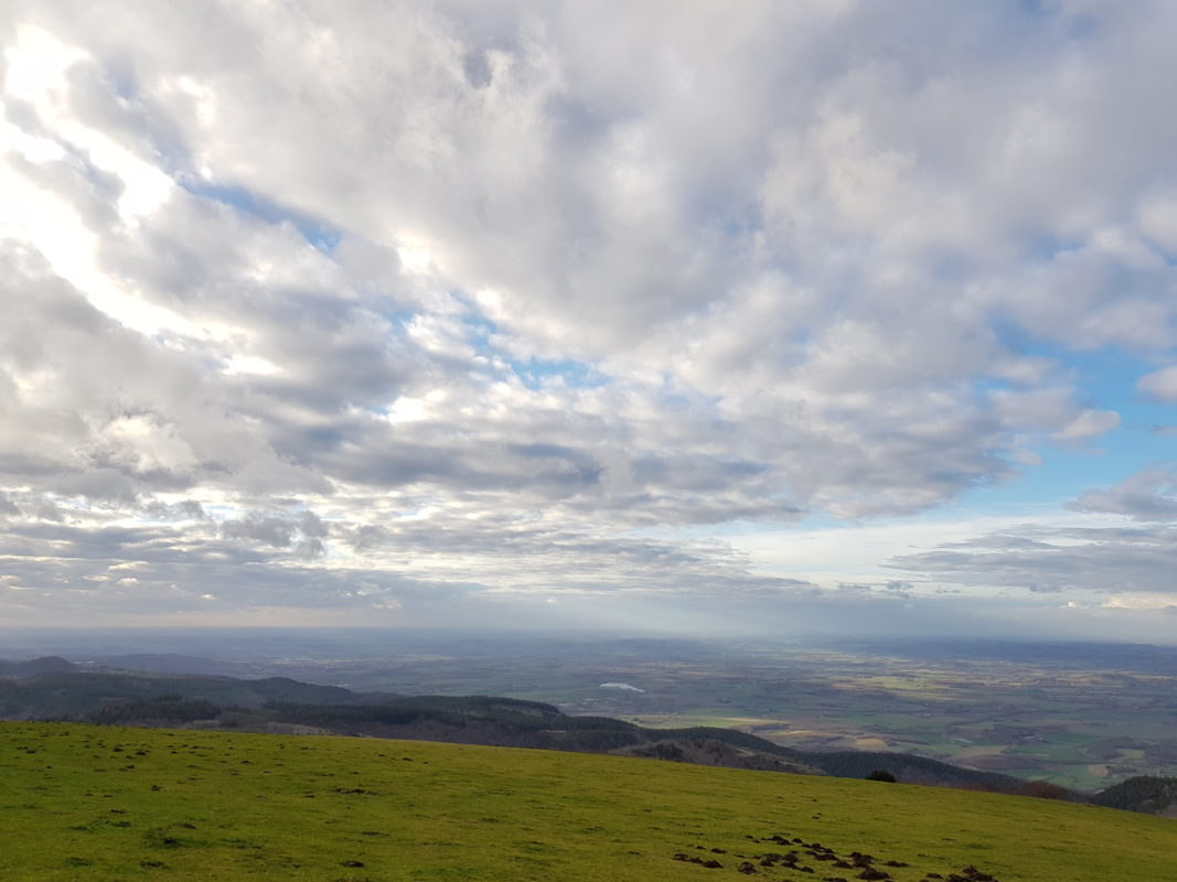 ciel bleu avec nuage tarn paysage